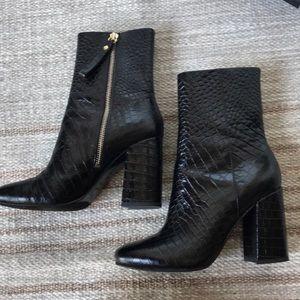 & other stories black croc snakeskin boots 37 mint